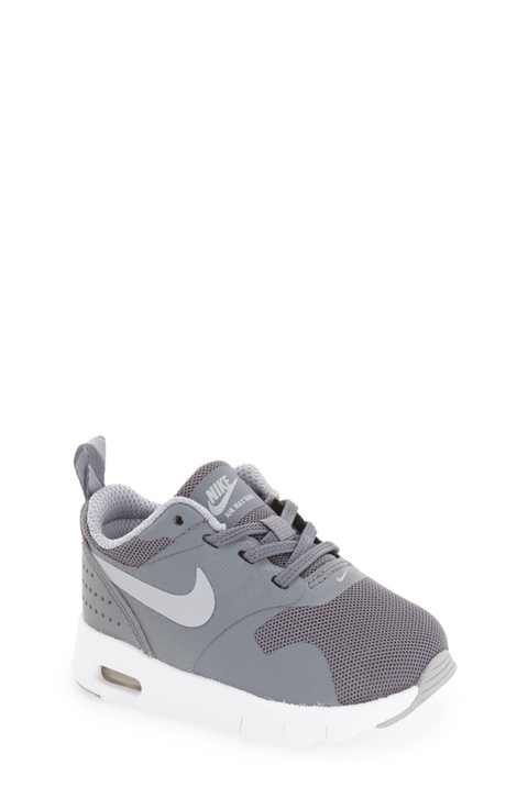 Best Shoes on | Baby boy ❤️ | Nike shoes for boys, Baby