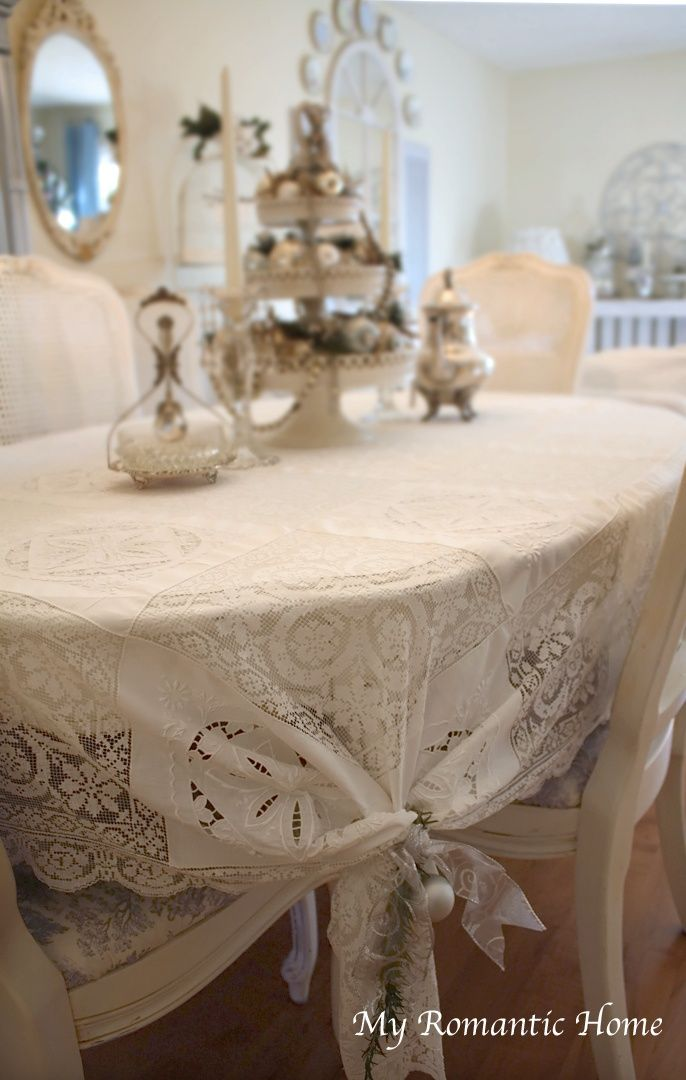 Great Idea Put A Rectangle Lace Cloth On An Oval Table And Gather