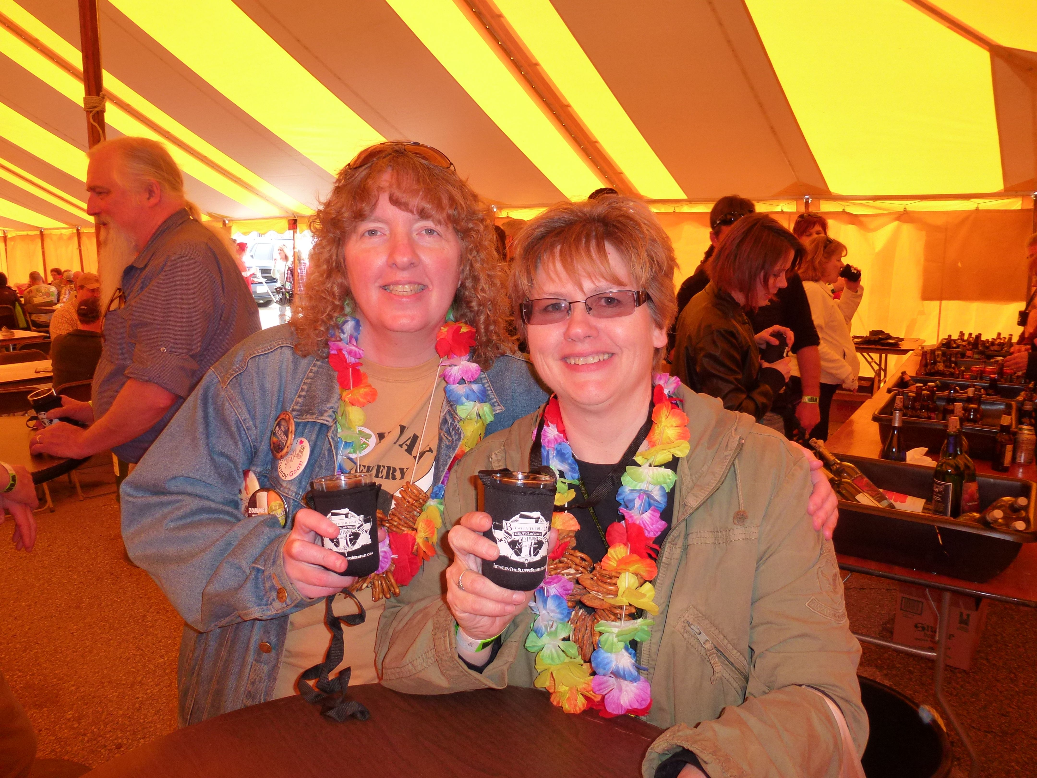 Enjoying Beer Samples Free Food And Gifts In The Vip Tent At 2014 Between The Bluffs Festival La Crosse Wis Craft Beer Festival Beer Festival British Beer
