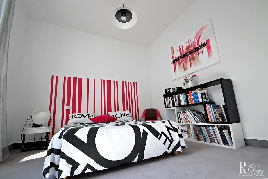 Rénovation complète d\u0027une chambre à coucher dans une grande maison