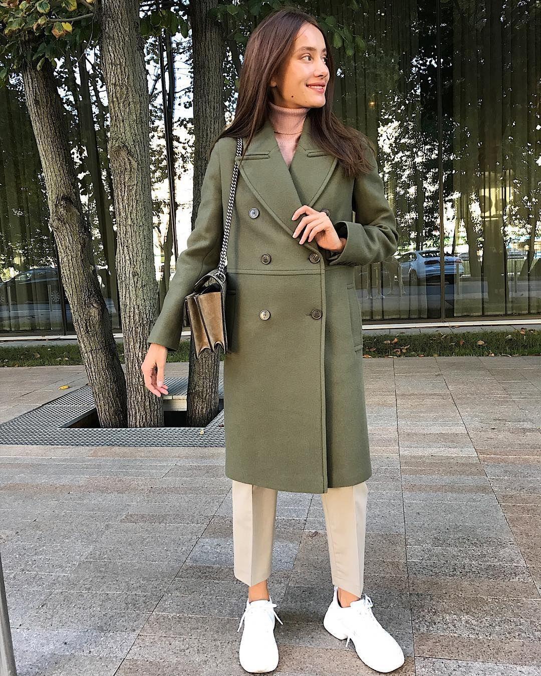 """9307508a76a2e7 I AM Studio on Instagram: """"Пальто-трансформер в ещё одном осеннем оттенке."""