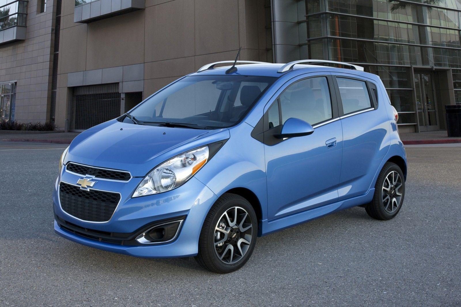 The Chevrolet Spark Hatchback Brings Its Own Special Spark To The Segment Chevrolet Spark Chevrolet Spark Ls Spark Car
