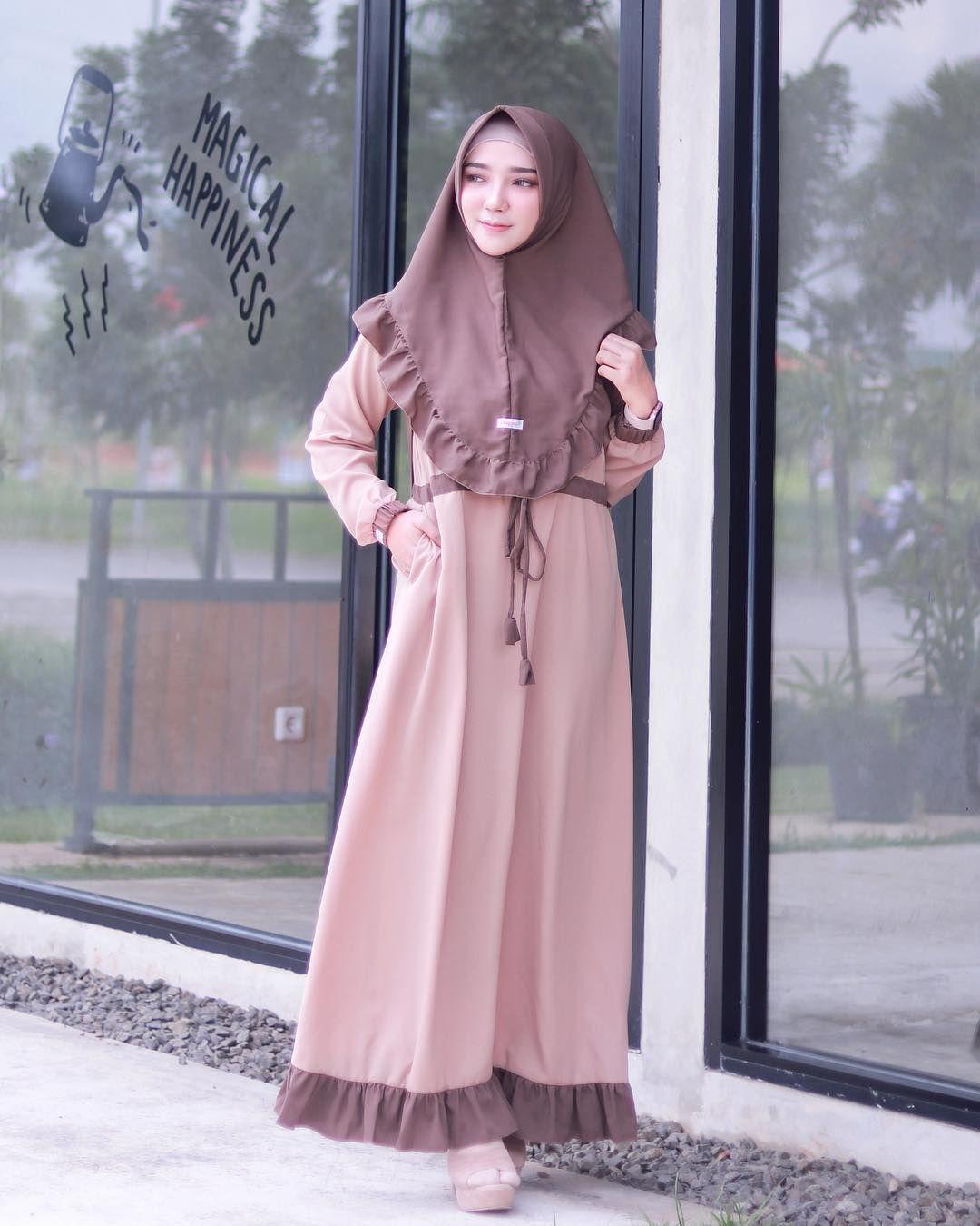 Model Gamis Remaja Kekinian Untuk Lebaran Model Pakaian Model Pakaian Muslim Model Pakaian Hijab