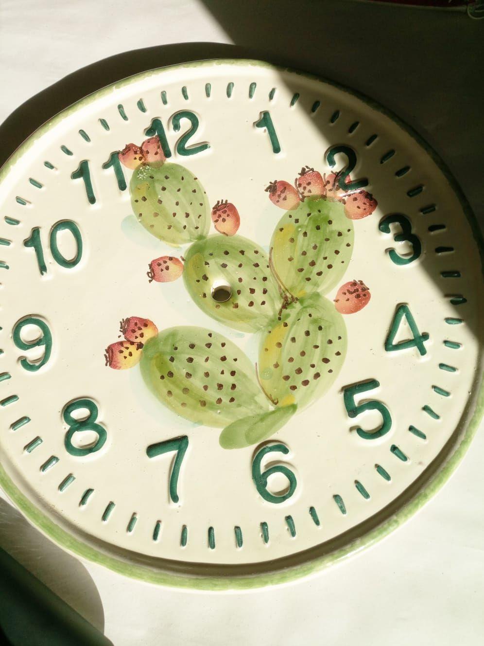Pin Su Oggetti Decorativi In Ceramica