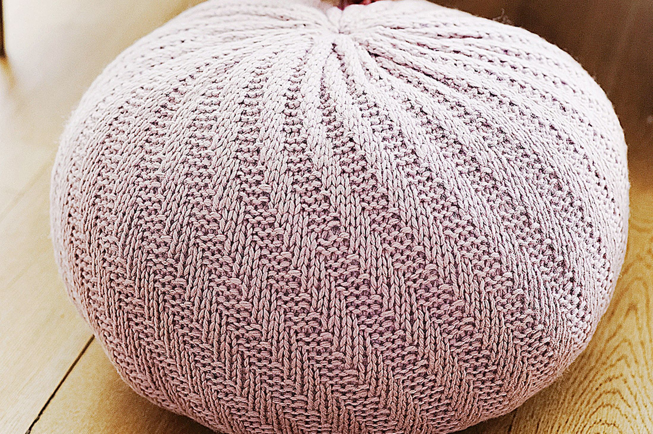Thrifty ideas: How to knit a floor pouf | Knitted pouffe ...
