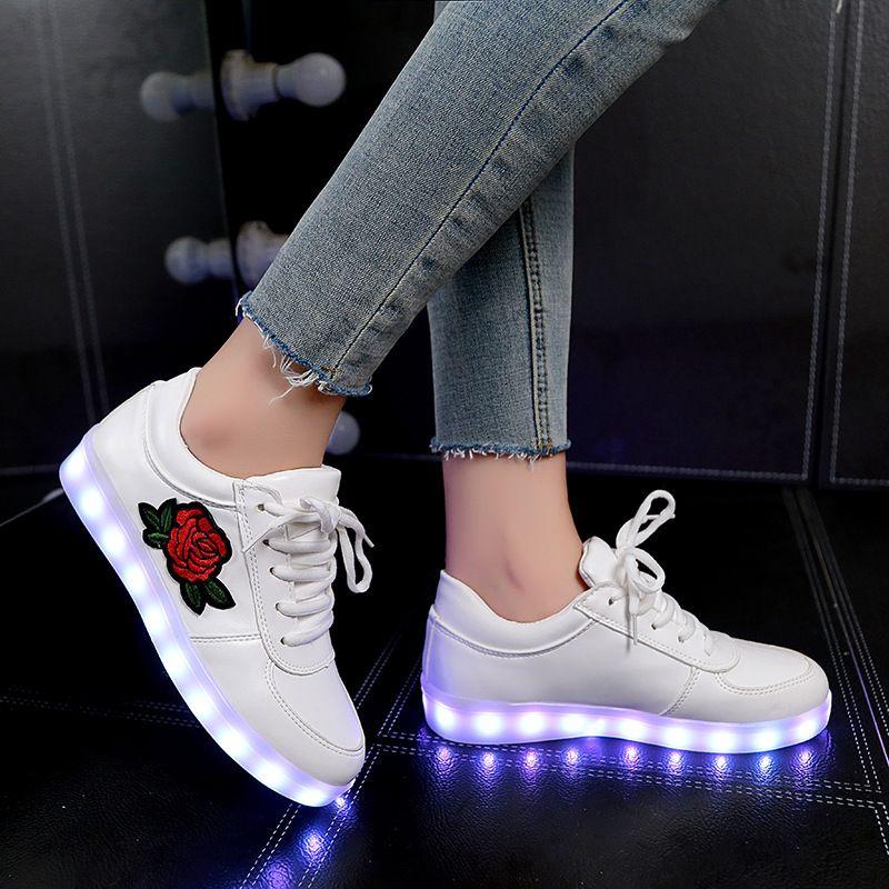 comprar Luminoso sneakers feminino cestas con luz sole cargador USB niños  LED Zapatillas para niño y niña luz Zapatos 8ea0132ee24