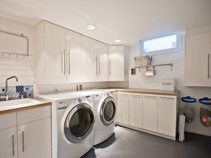 Contemporary Laundry Room With Commercial Coin 120 X 288 Floor