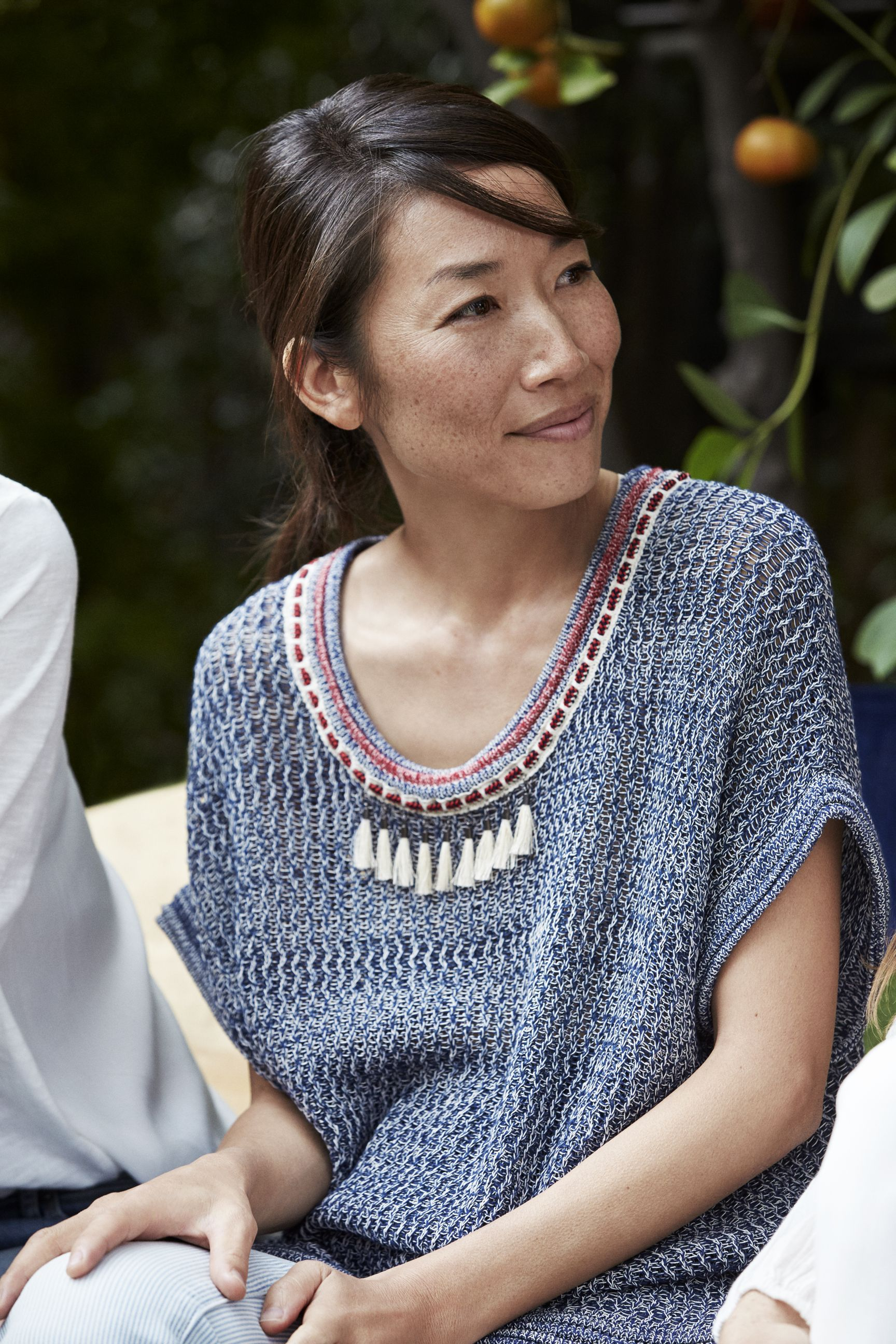 Comfy and trendy with a #feminine touch - discover Momoko's favorite #Esprit #SS15 styles ...