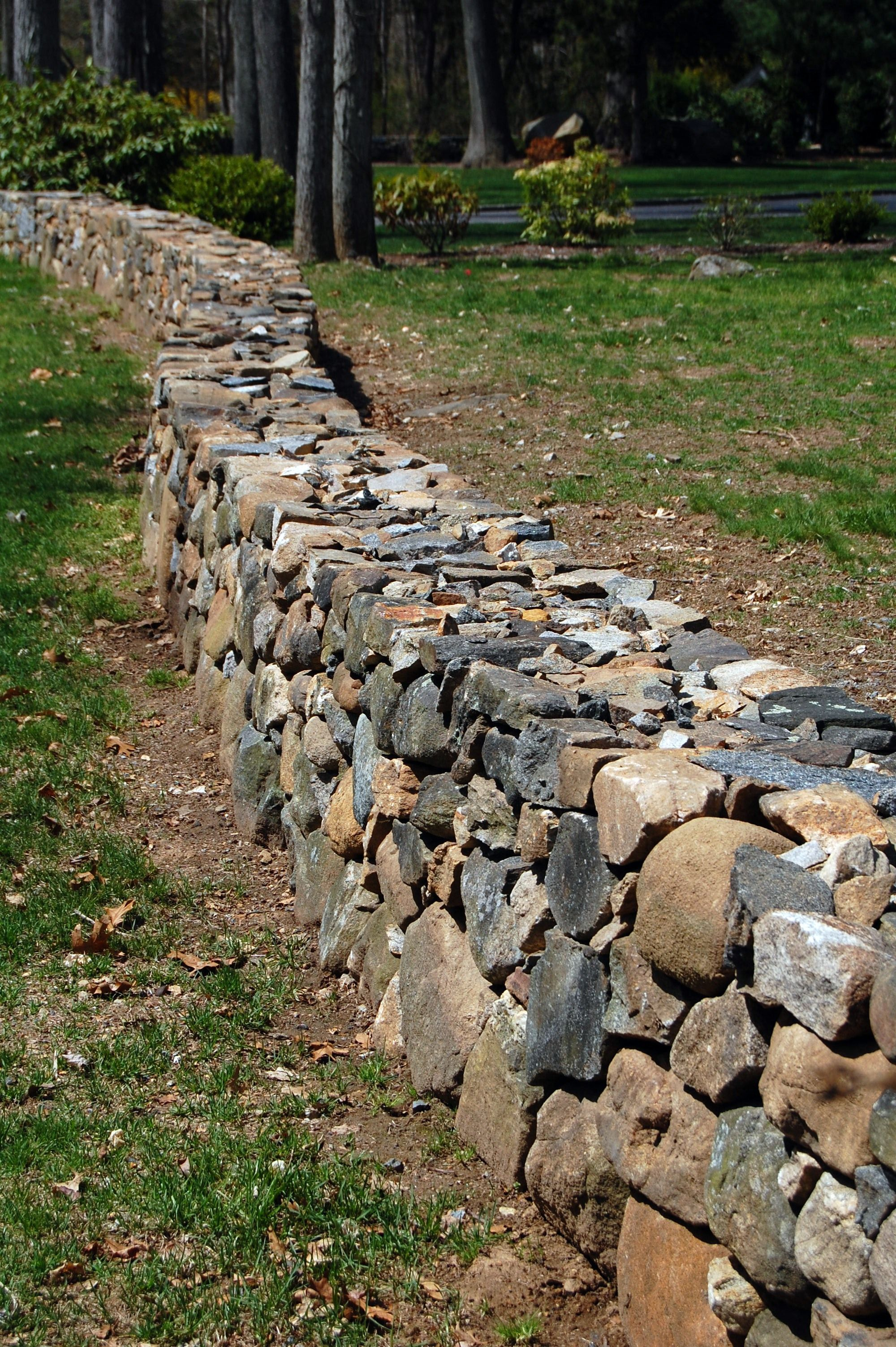 Dry Stack Fieldstone Retaining Wall : Dry stacked stone walls guilford ct
