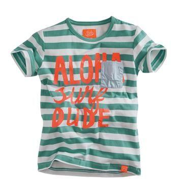 Z8 baby t-shirt in een all over streep dessin, model Jurre S / S T-shirt. Dit shirt is voorzien van een aloha print aan de voorzijde - Groen dessin - NummerZestien.eu