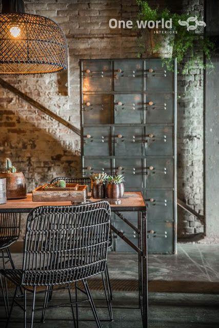 Le Industrial Design collectif project inside mariage réussi entre la brique et le bois