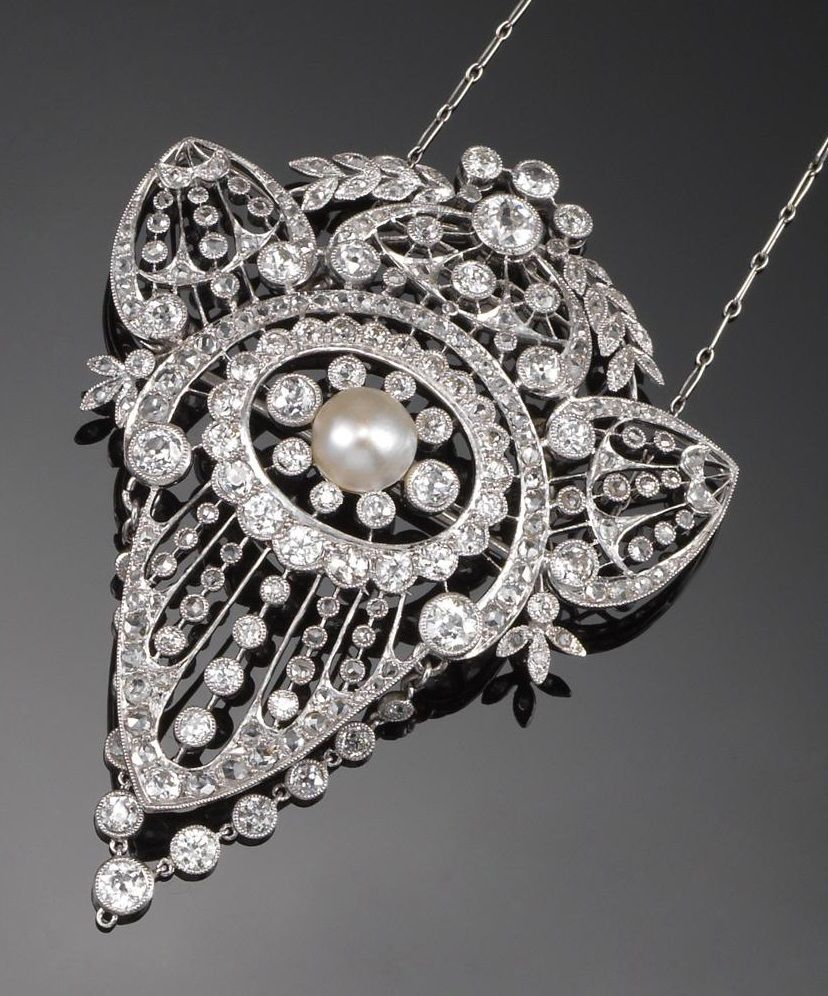 A belle Époque diamond pendant of stylised palmette design