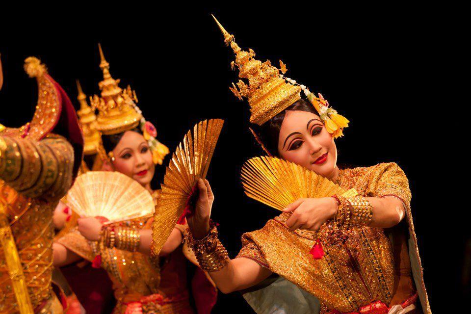 "Khon""จองถนน"" masked dance drama in Thailand 🇹🇭 ในปี 2020"