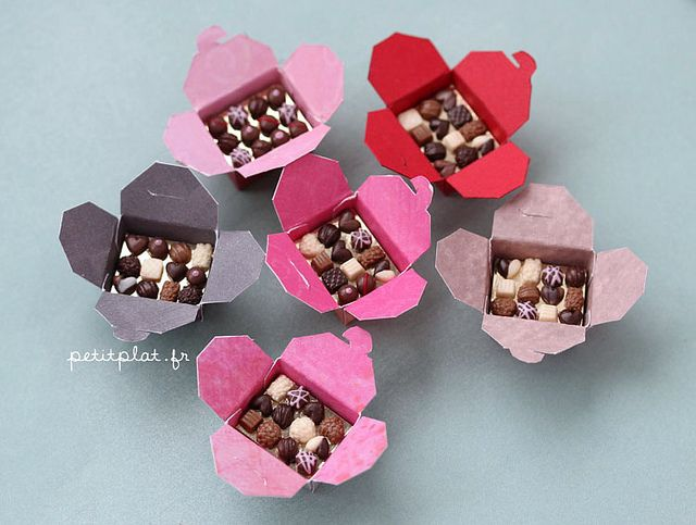 Miniature Box Chocolates Praline Candies Sweets Food Gift Valentine/'s Day 1:12