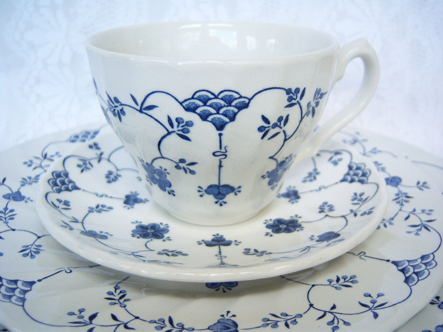 """Churchill China England Set of Five """"Finlandia"""" Teacups and Saucers. $25.00, via Etsy."""