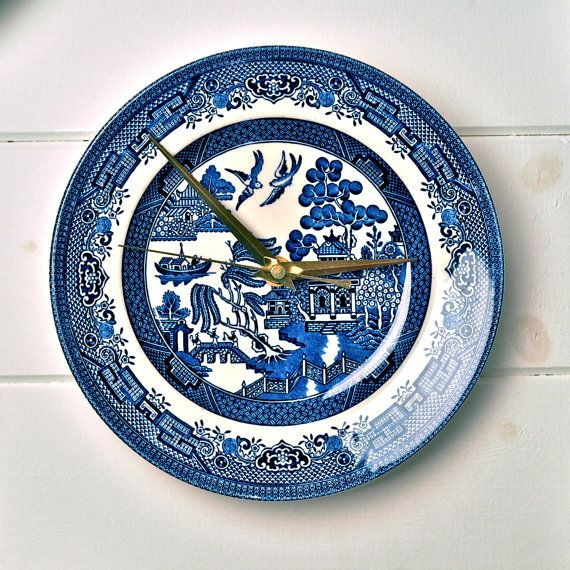 Blue Willow vintage china plate wall clock | Blue Willow | Pinterest ...