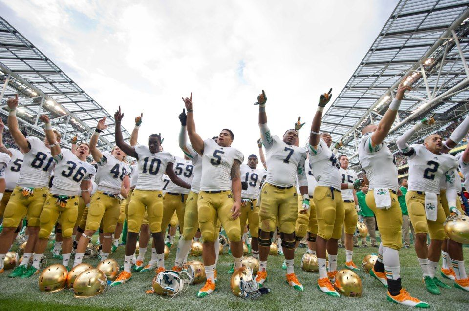 Nd Vs Navy Notre Dame Football Notre Dame University Norte