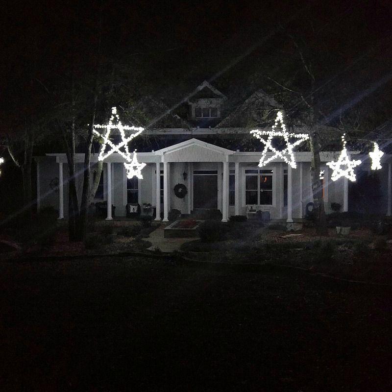 DIY Outdoor Wooden Lighted Stars & DIY Outdoor Wooden Lighted Stars | Star Outdoor christmas and Holidays