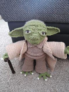 Yarnyessi Häkeln Mit Herz Yoda Andrea Pinterest Crochet