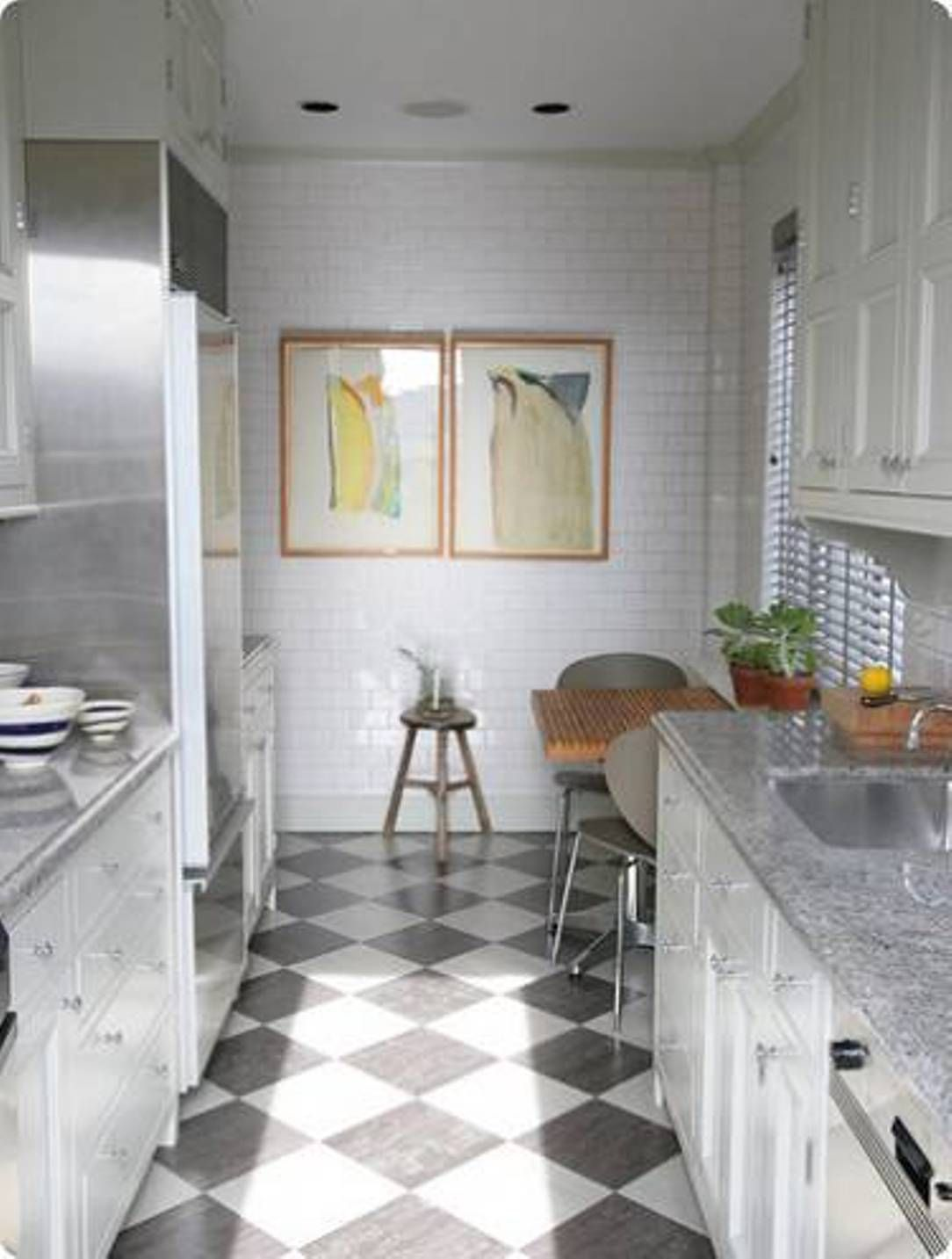 White Floor Kitchen The Gray And White Floor Is More Calming Than The Stark Black And
