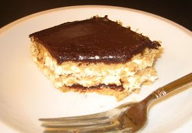 The Kitchen is My Playground: Chocolate Eclair Dessert - so easy & so yummy