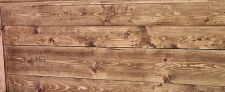 How To Make New Wood Look Weathered And Reclaimed Farmhouse Chic Staining Wood Weathered Wood Stain Wood