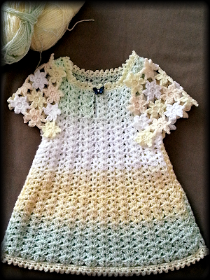 Cute Dress For The Princess With Flower Motifs Crochet Baby Dress