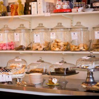 Candy Jars Bakery Ideas Pinterest Vitrina De