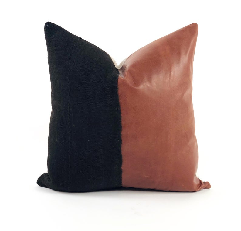 African Mudcloth And Genuine Leather Decorative Pillow Black Etsy African Homedecorideas Homedecor African Mud Cloth Mud Cloth Handmade Decorative Pillow