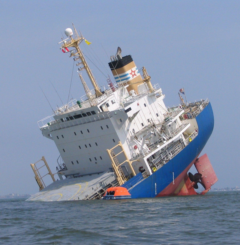 Shipwrecks Graveyard Sea Court Pinterest Ship Wreck Ships - Sinking cruise ship oceanos