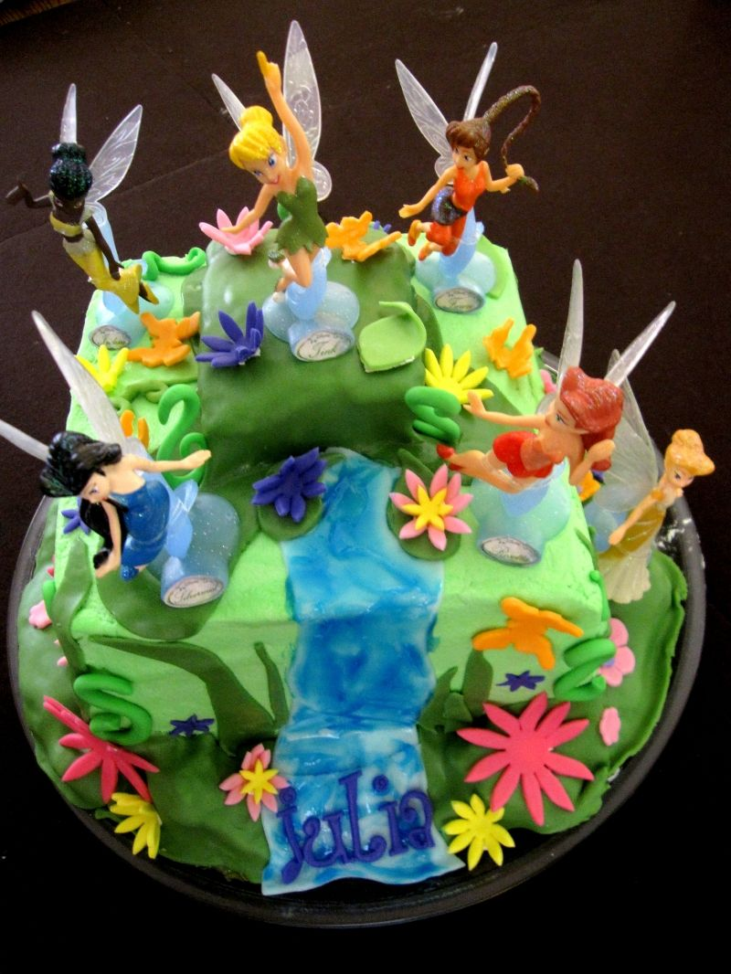 Tinkerbell And Friends Cake Children S Birthday Cakes Cake Friends Cake Tinkerbell Cake