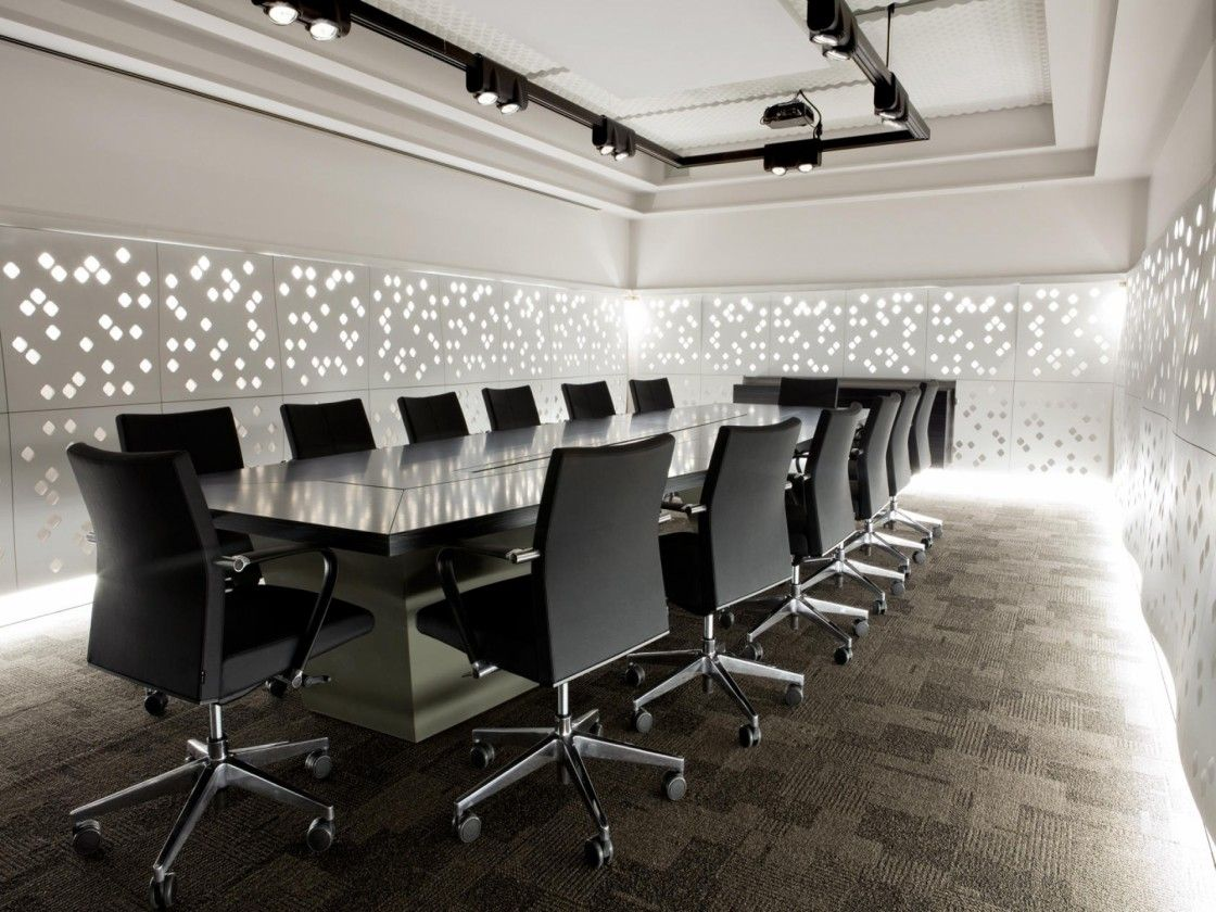 Creative Conference Room Design With Awesome Led Lights Wall Decoration Plus Black Iron Trac Meeting Room Design Conference Room Design Modern Office Interiors