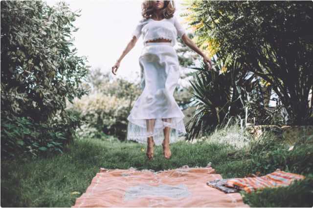 elle_dos_nu_romantic_bohemian_wedding_dress_lace_backless_8