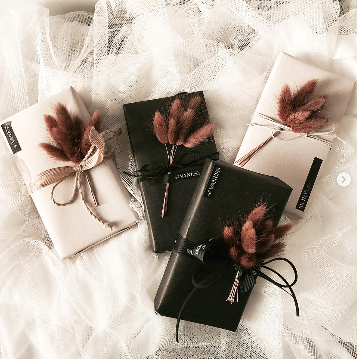 15 elegant, modern DIY gift wrap ideas