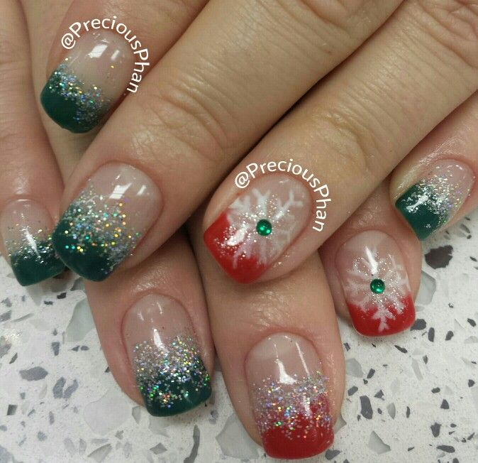Christmas Nails Green And Red: Ombre Green And Red Christmas Nails