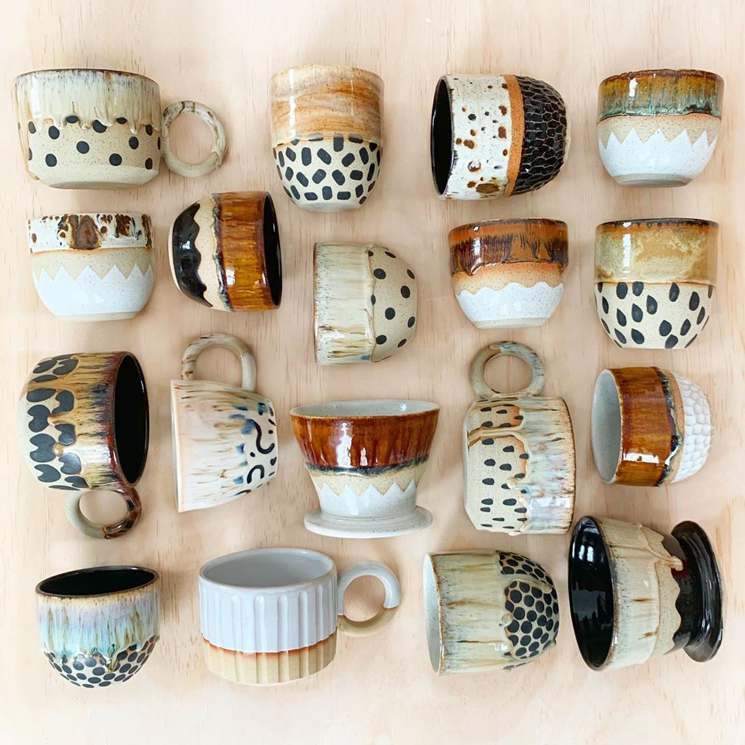 "Photo of PUBLICHOLIDAY en Instagram: ""Para los amantes de los neutrales (¡y el café!) 🌰☕️🍂 ~ #ceramics #handmade #pattern #publicholiday #flatlay #stoneware #neutral # winter …"""