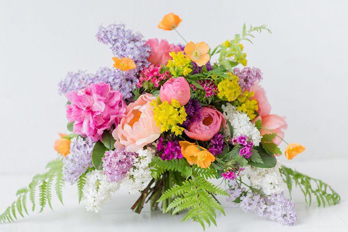 Blume Des Monats Juni Flieder Blumen Juni Hochzeit Blumenstrauss Hochzeit Brautstrauss