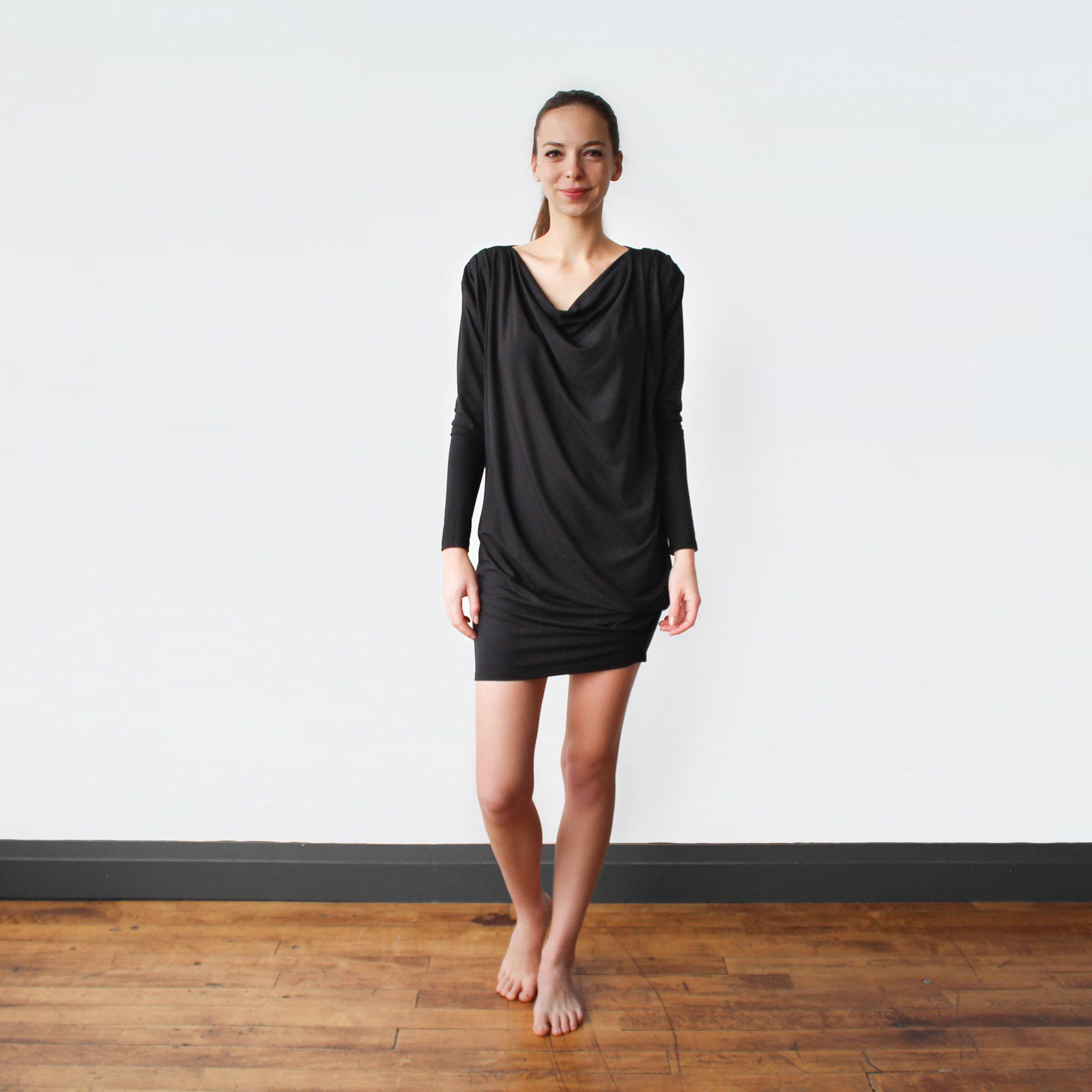 Minimalist Dress For The Everyday Traveler Ethically Made With Sustainable And Eco Friendly Materials Revolve Dresses Minimalist Dresses Practical Wardrobe 2.8 out of 5 stars from 18 genuine reviews on australia's largest opinion running my own clothing brand it scares me to have revolve as competitors. pinterest