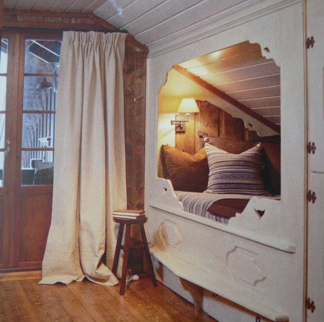 Traditional Swedish Interior Design: Traditional Scandinavian Built In Beds