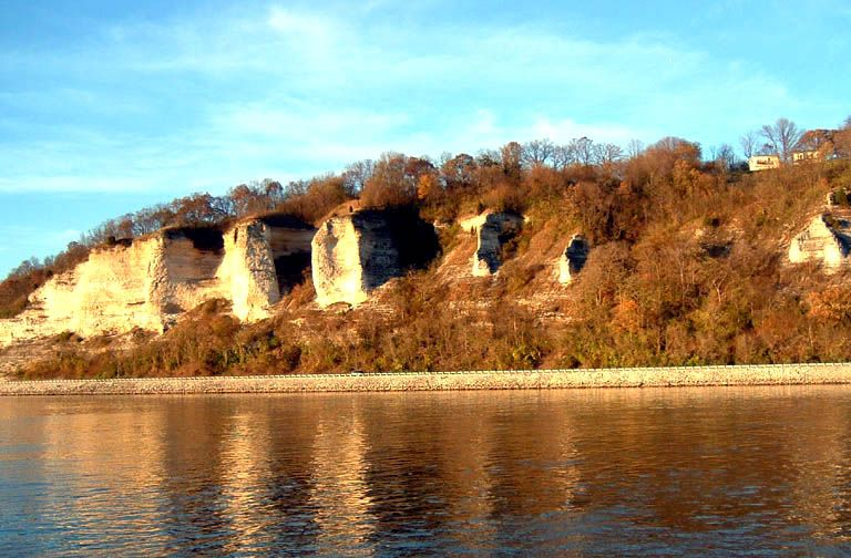 The Bluffs | Alton illinois, Alton, Southern illinois