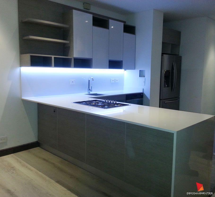 Pin de deco ambientes en cocinas integrales personalizadas for Diseno piscinas modernas colombia