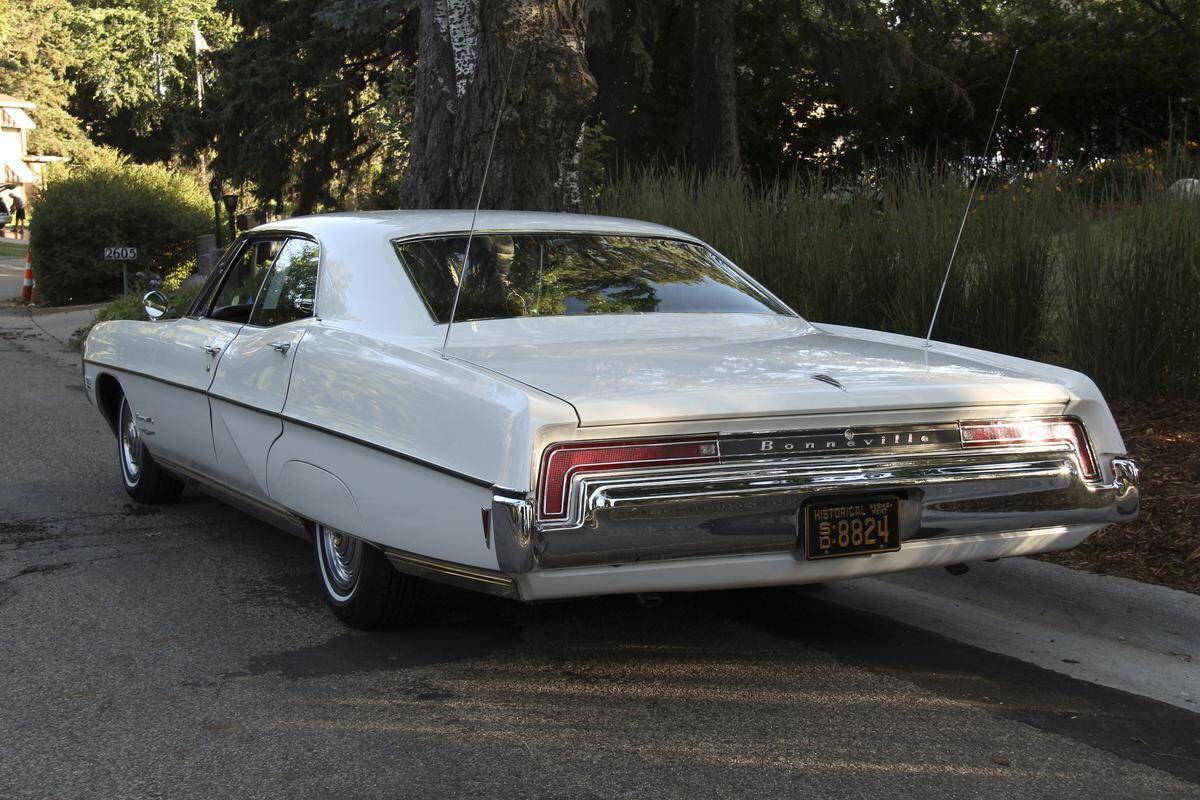 '68 Pontiac Bonneville Pontiac bonneville, Classic car