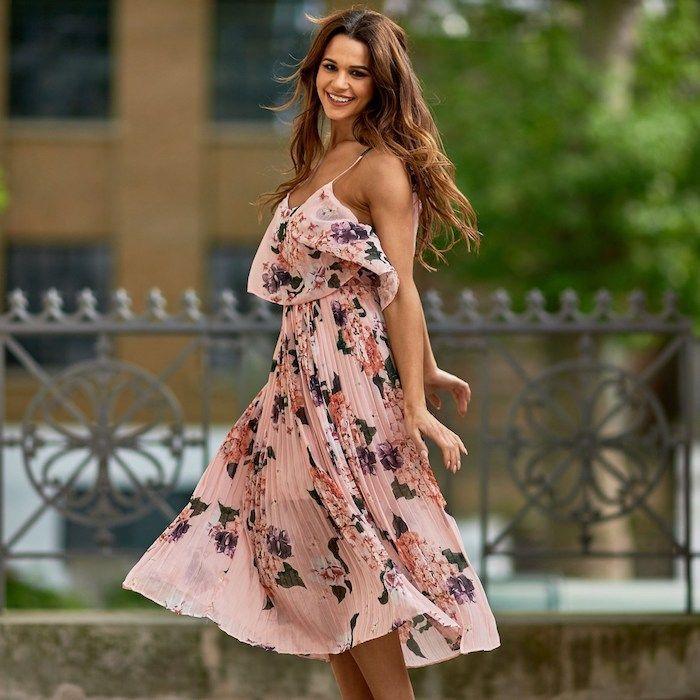 Über 1001 Outfit-Ideen für Hochzeitsgäste zum Inspirieren ...