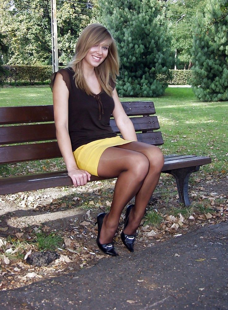 Pointy heels, mini skirt and pantyhose