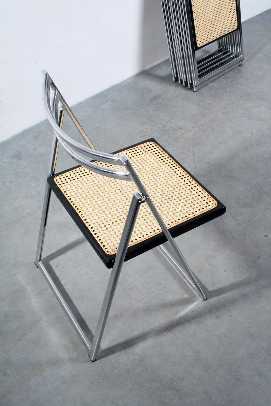 Design Meubels Groningen.Set Of Six Italian Design Folding Chairs With New Webbing Sold At