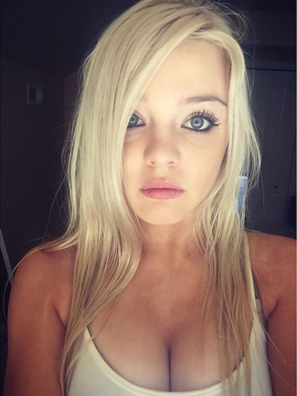 Tiny Blonde Teen Amateur