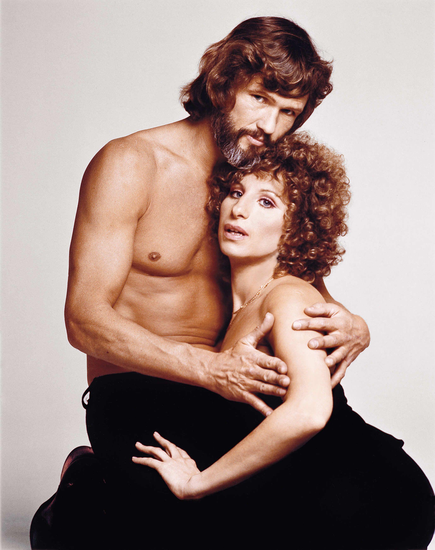 Rare Photos From Barbra Streisand S Glory Days Barbra Streisand A Star Is Born Kris Kristofferson