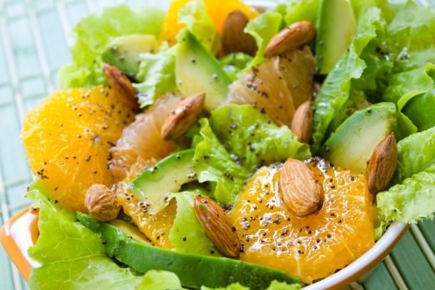 Salad with oranges and avocado for 10 minutes