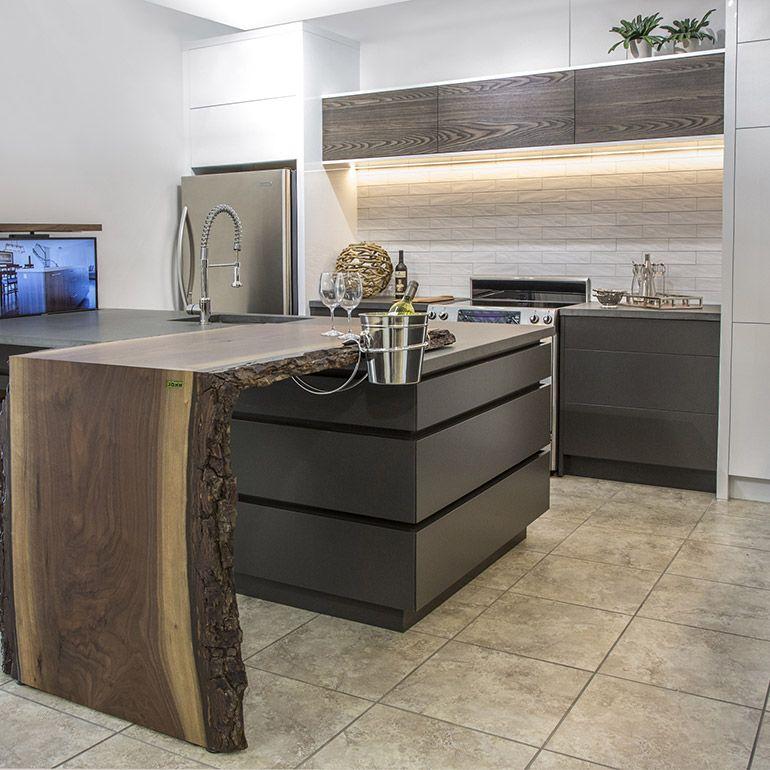 armoires contemporaines en acrylique 2 couleurs et fr ne bross kitchen pinterest kitchens. Black Bedroom Furniture Sets. Home Design Ideas