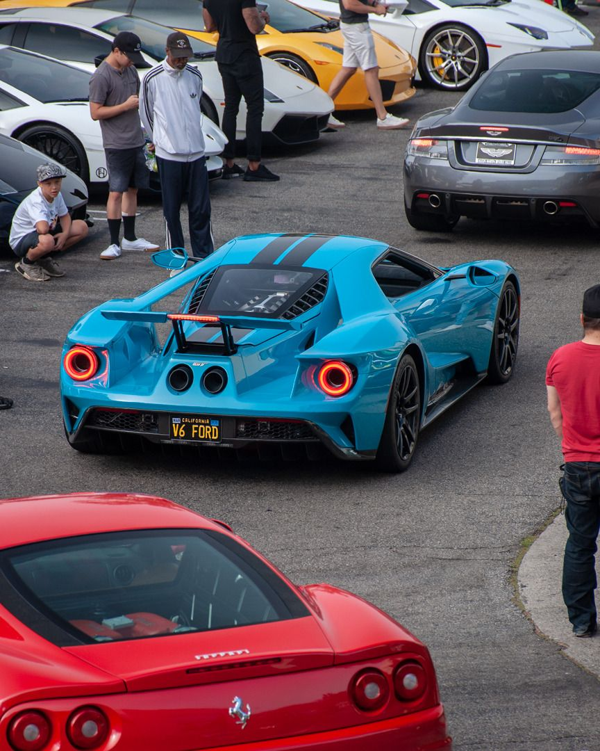 Topvehicles: Just A V6 Ford In LA Traffic
